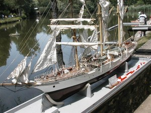 Trois mâts barque